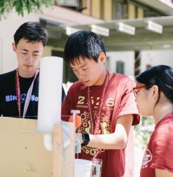 Stanford Pre-Collegiate Summer Institutes engineering students working on a project.